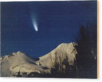 Comet Hale Bopp Rising Over Mount Shasta 01 Wood Print by Patricia Sanders