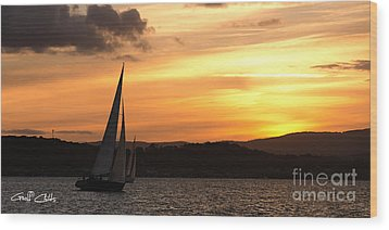 Coming Home .  Sunset Wood Print by Geoff Childs