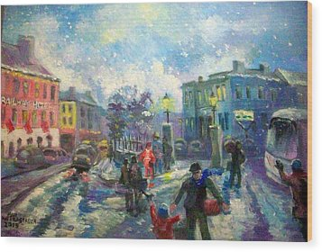 Coming Home For X Mas Wood Print by Paul Weerasekera