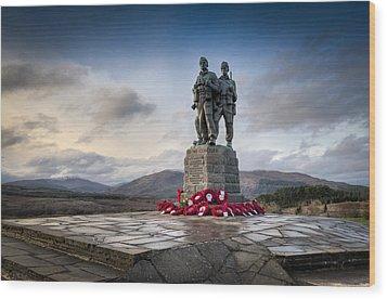 Commando Memorial At Spean Bridge Wood Print by Gary Eason