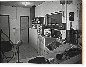 Control Room In Alcatraz Prison Wood Print by RicardMN Photography