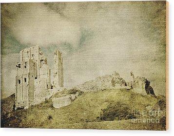 Corfe Castle - Dorset - England - Vintage Effect Wood Print by Natalie Kinnear