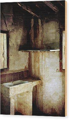 Corner Of Kitchen Wood Print by RicardMN Photography