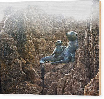 Corona Del Mar Seals Statue Wood Print by Gregory Dyer