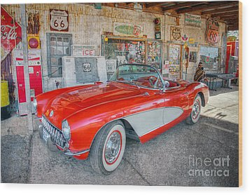 Corvette At Hackberry General Store Wood Print by Marianne Jensen