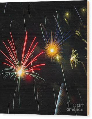 Cosmos Fireworks Wood Print by Inge Johnsson