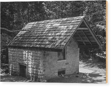 Wood Print featuring the photograph Cottage By The Stream At The Hermitage by Robert Hebert