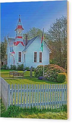 Country Church In Oysterville Wa Wood Print by Valerie Garner