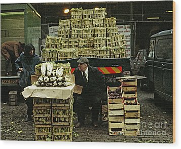 Covent Garden Market 1973 Wood Print by David Davies