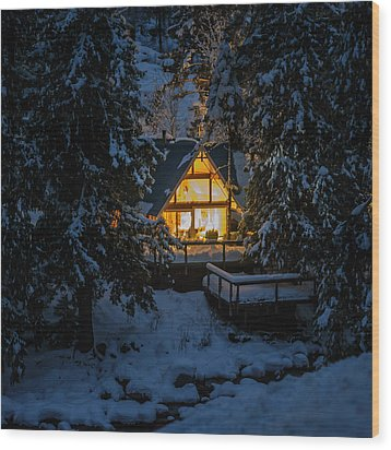 Wood Print featuring the photograph Cozy Retreat by Dan Mihai