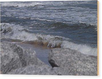 Crashing Waves Wood Print by Brigitte Emme