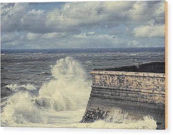 Crashing Waves Wood Print by Amanda Elwell