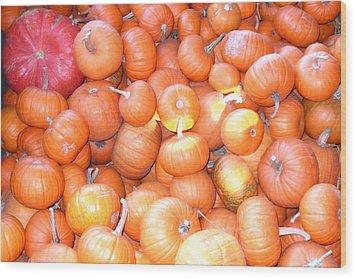 Crate Of Pumpkins Wood Print