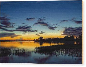 Creamy Sunset Wood Print by Dan Holland