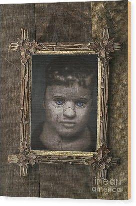 Creepy Relative Wood Print by Edward Fielding