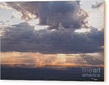 Wood Print featuring the photograph Crepuscular Light Rays Over Sedona From Jerome Arizona by Ron Chilston