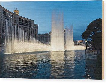 Crescendo - The Glorious Fountains At Bellagio Las Vegas Wood Print by Georgia Mizuleva