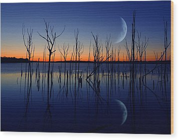 The Crescent Moon Wood Print
