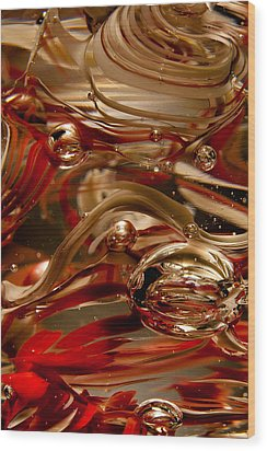 Crimson And Gray Glass Macro Ws4 Wood Print by David Patterson