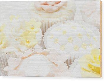 Criss-cross Cupcake Wood Print by Anne Gilbert