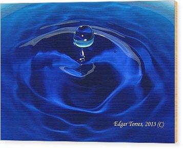 Cristal Blue Persuasion Wood Print by Edgar Torres