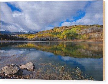 Crosho Lake Reflection Wood Print by John McArthur