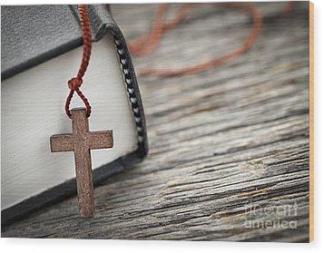 Cross And Bible Wood Print by Elena Elisseeva