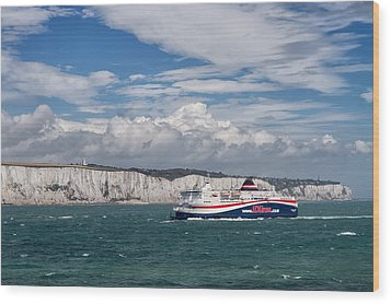 Crossing The English Channel Wood Print by Tim Stanley