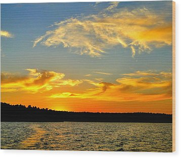 Crown Lake  Sunset  Retired Ahhh Wood Print by Cindy Croal