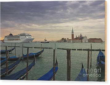 Cruise Ship Entering The Venice Lagoon At Dawn Wood Print by Kiril Stanchev