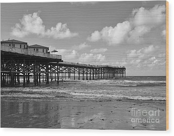 Crystal Pier In Pacific Beach Wood Print