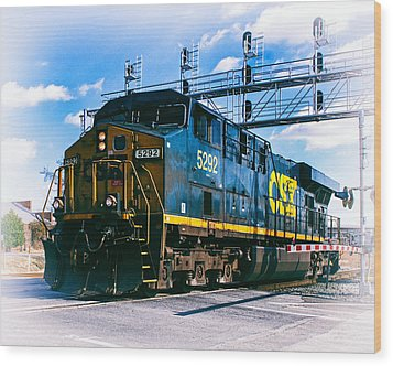 Csx 5292 Warner Street Crossing Wood Print by Bill Swartwout