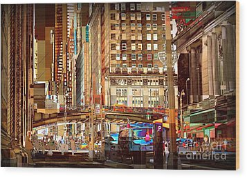 Grand Central And 42nd St Wood Print by Miriam Danar