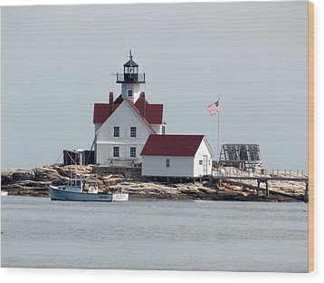 Cuckholds Lighthouse Wood Print by Catherine Gagne