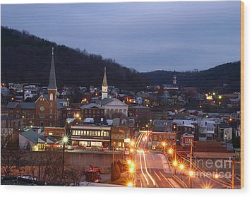 Cumberland At Night Wood Print by Jeannette Hunt