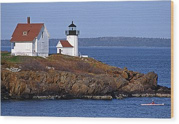 Curtis Island Lighthouse Wood Print by Skip Willits