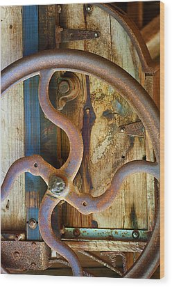 Curves And Lines Wood Print by Stephen Anderson
