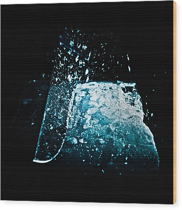 Cutting The Ice Wood Print by Wolfgang Simm