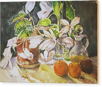 Cyclamen With Tangerines And Kiwi Wood Print by Vivian  Castillo M