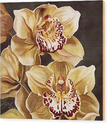 Cymbidium Orchids Wood Print by Alfred Ng
