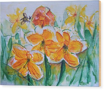 Daffies Wood Print