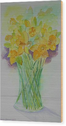 Daffodils In Glass Vase - Watercolor - Still Life Wood Print by Geeta Biswas