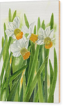 Daffodils With Green Leaves Wood Print by Sharon Freeman