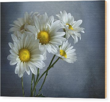 Wood Print featuring the photograph Daisy Bouquet by Ann Lauwers