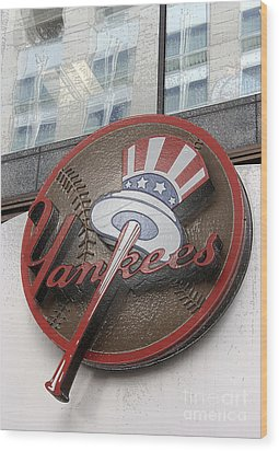 Damn Yankees Wood Print by David Bearden