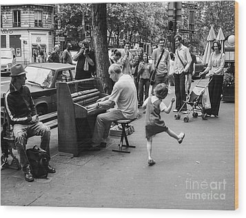 Dancing On A Paris Street Wood Print