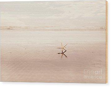 Dancing Starfish Beach Photograph Wood Print by Sylvia Cook