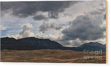 Dark Clouds On The Horizon Wood Print by Charles Kozierok