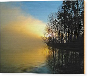 Dawn At Waters Edge Wood Print