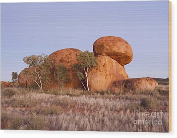 Dawn Devils Marbles Northern Territory Wood Print by Colin and Linda McKie